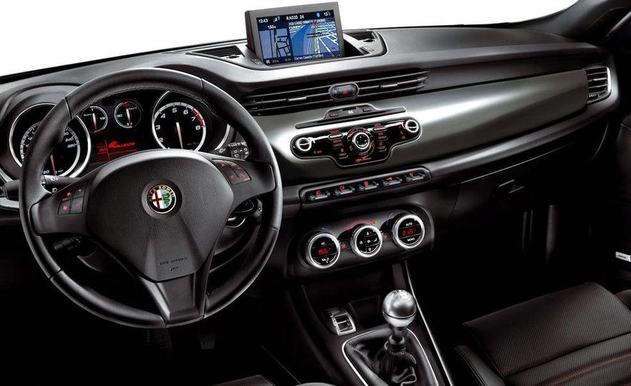 2010 Alfa Romeo Giulietta - Slide 50