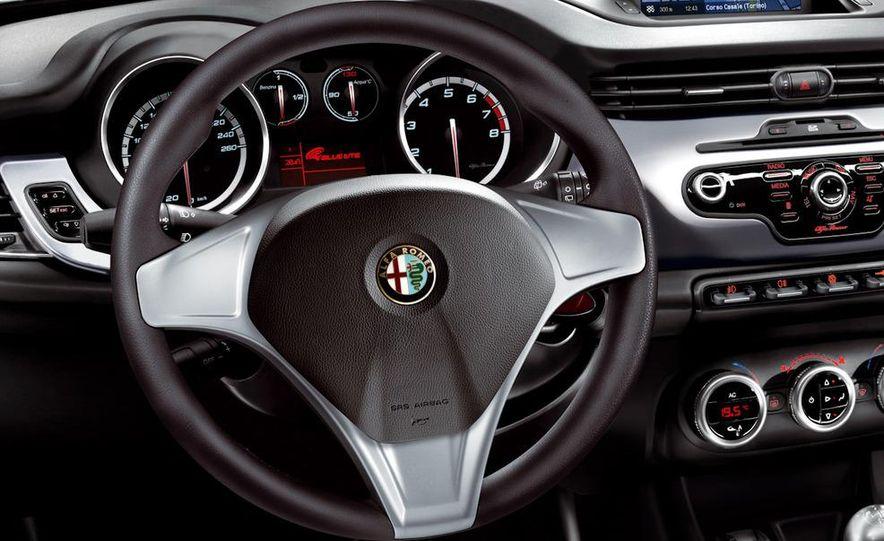 2010 Alfa Romeo Giulietta - Slide 51
