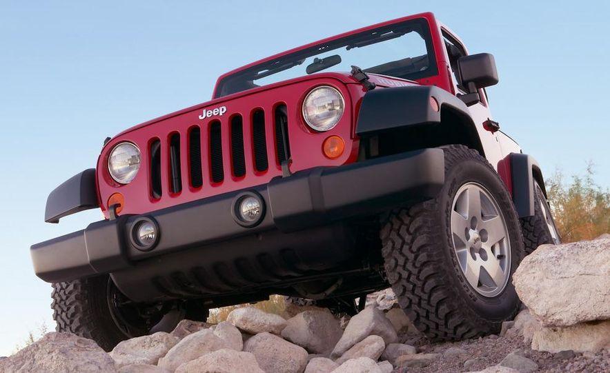 2010 Jeep Wrangler Rubicon - Slide 2