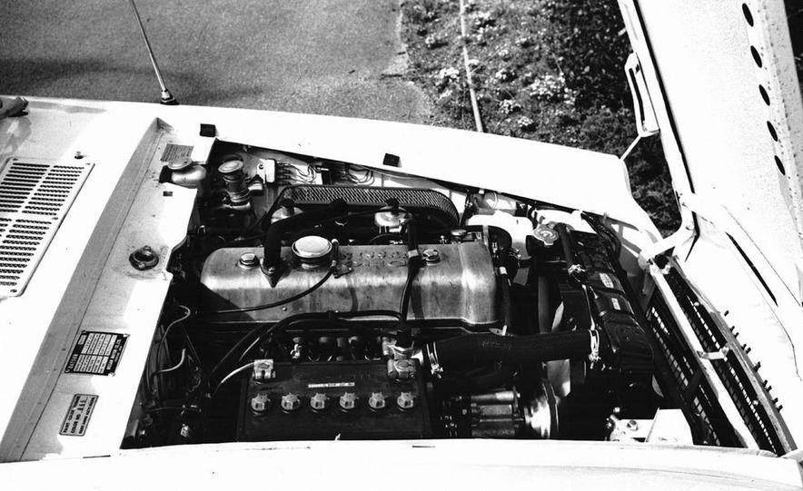 1976–1977 Toyota Celica GT Liftback - Slide 11