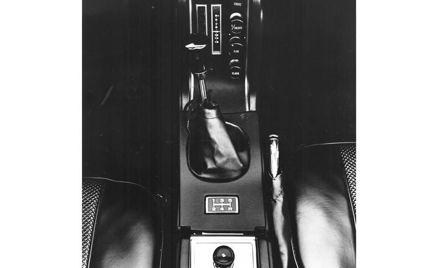 1976–1977 Toyota Celica GT Liftback - Slide 12