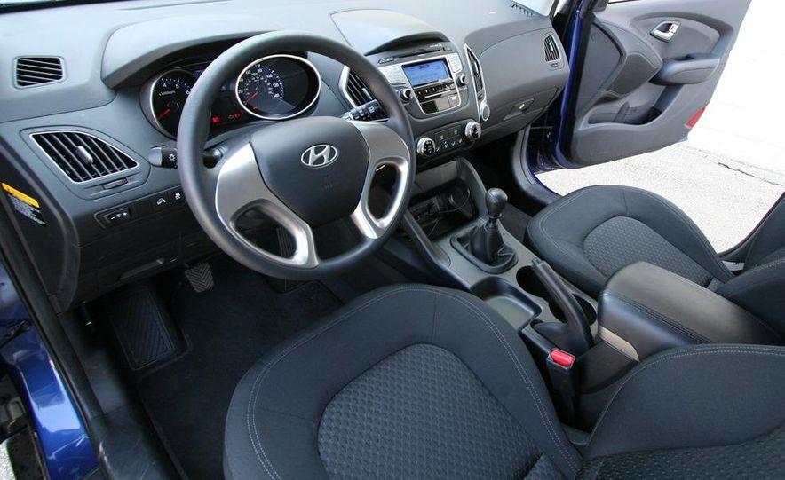 2010 Hyundai Tucscon GLS manual - Slide 49