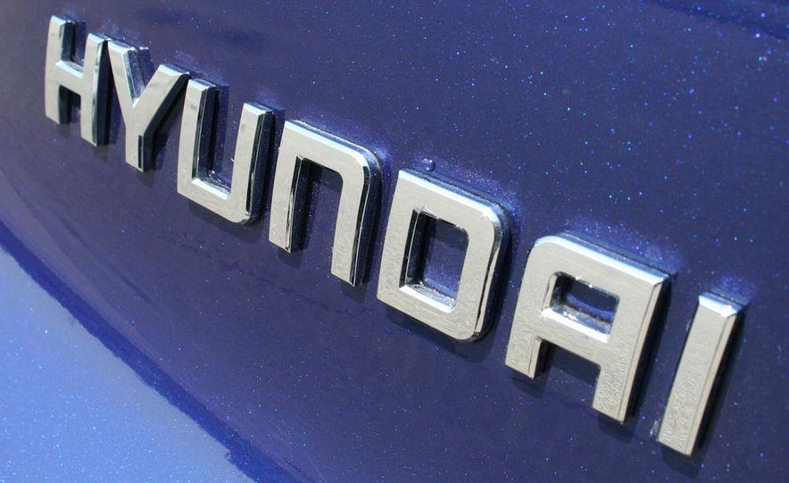2010 Hyundai Tucscon GLS manual - Slide 33