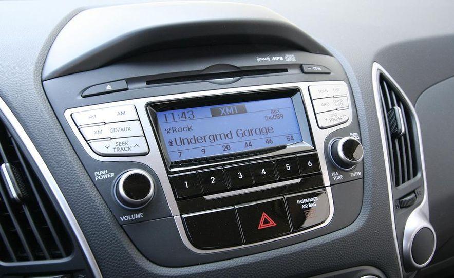2010 Hyundai Tucscon GLS manual - Slide 51