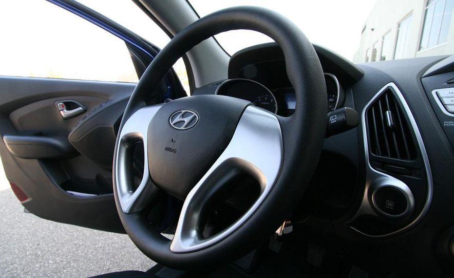 2010 Hyundai Tucscon GLS manual - Slide 60