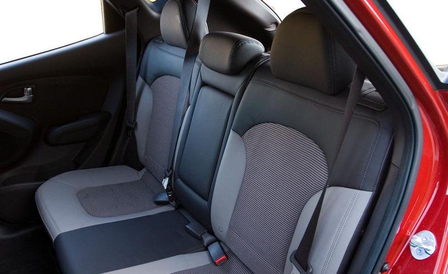 2010 Hyundai Tucscon GLS manual - Slide 66