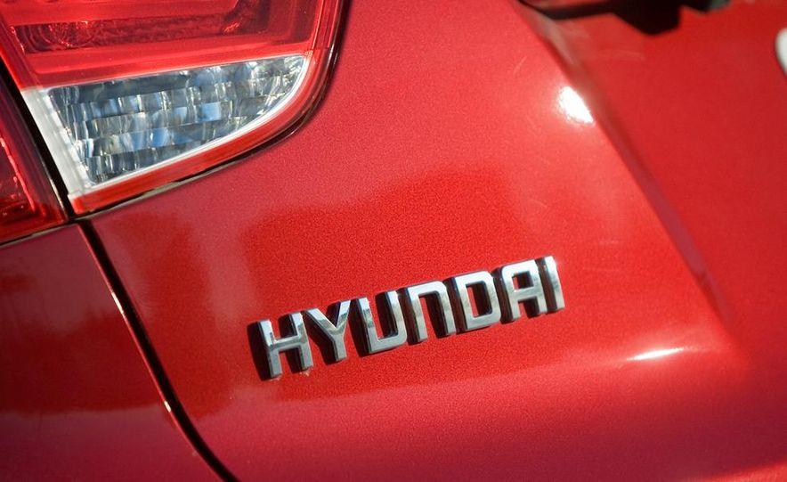2010 Hyundai Tucscon GLS manual - Slide 45