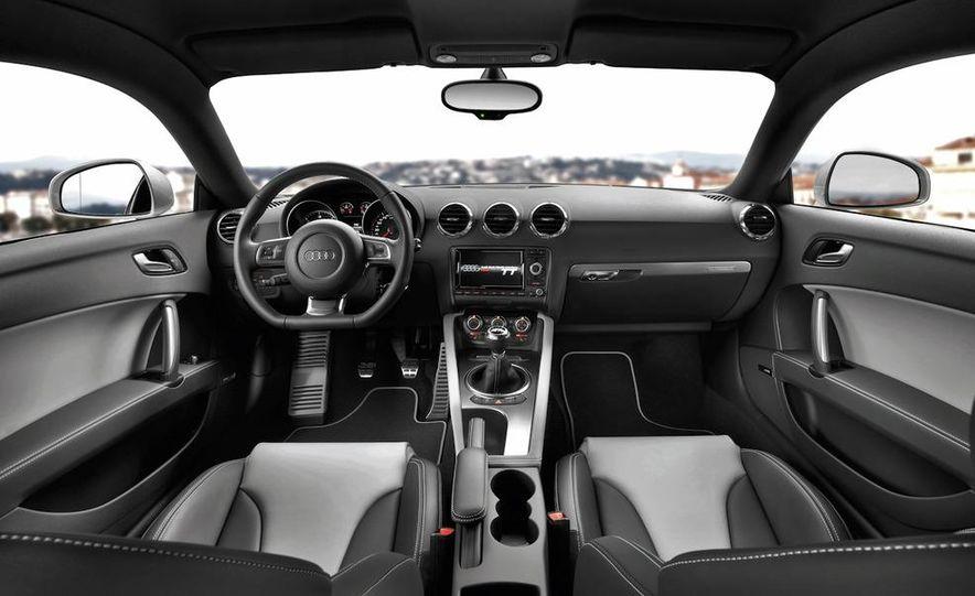 2011 Audi TT TDI (European spec) - Slide 16