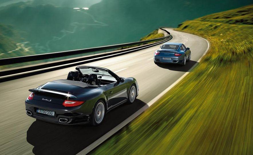 2011 Porsche 911 Turbo S - Slide 33