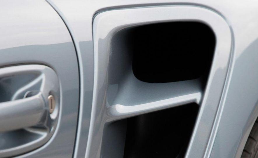 2011 Porsche 911 Turbo S - Slide 38