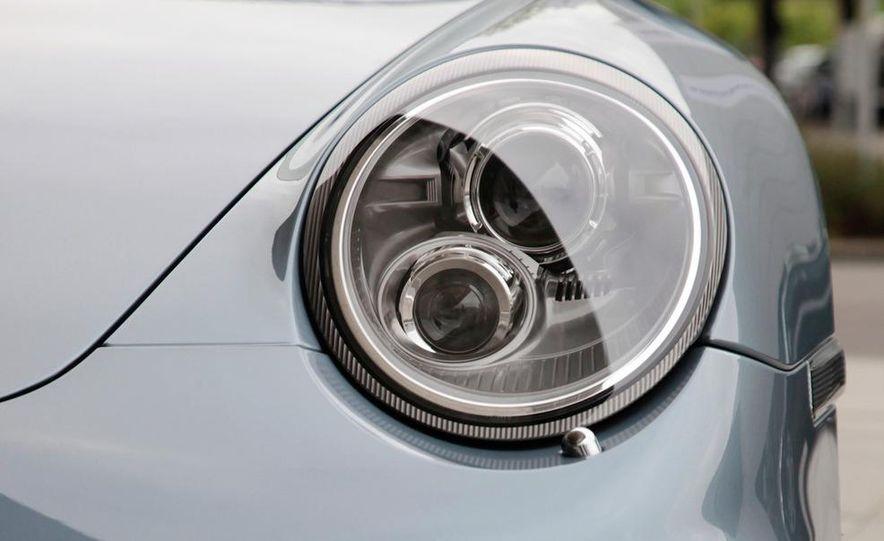 2011 Porsche 911 Turbo S - Slide 39