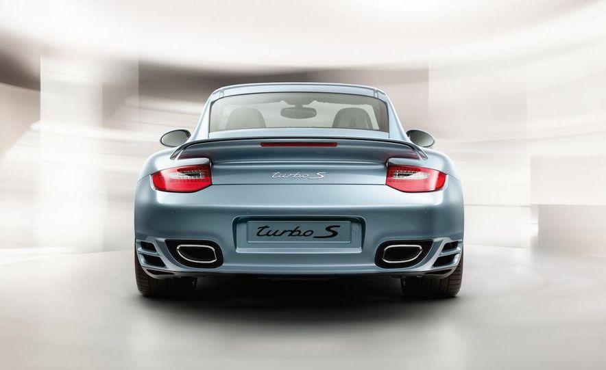 2011 Porsche 911 Turbo S - Slide 20