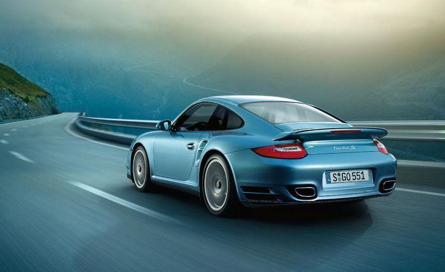 2011 Porsche 911 Turbo S - Slide 10