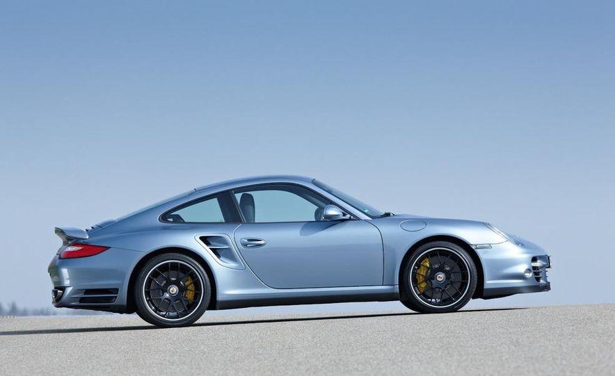2011 Porsche 911 Turbo S - Slide 26