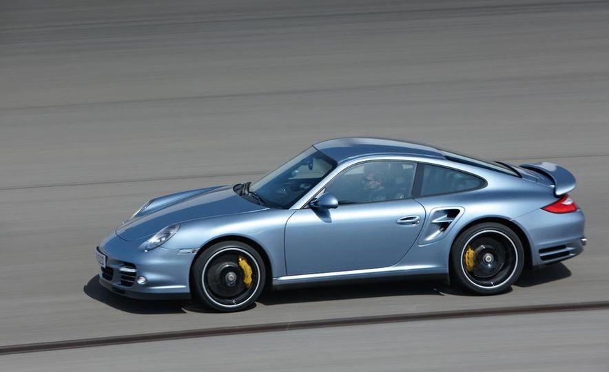 2011 Porsche 911 Turbo S - Slide 2