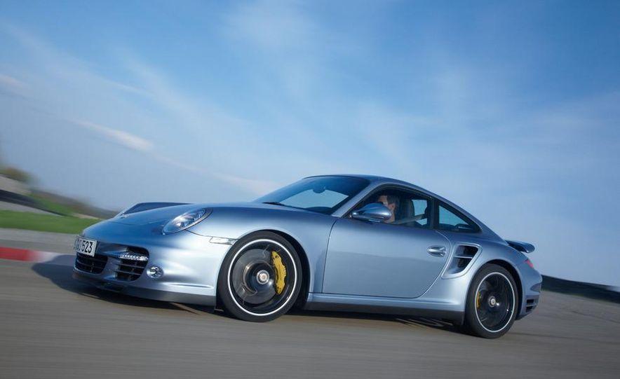 2011 Porsche 911 Turbo S - Slide 4