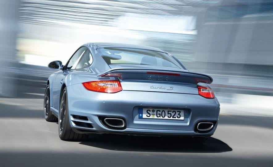 2011 Porsche 911 Turbo S - Slide 29