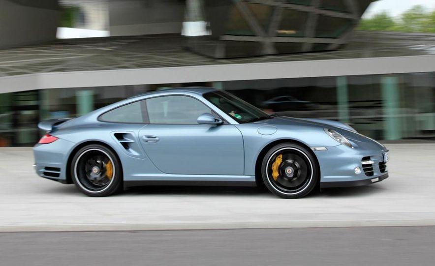 2011 Porsche 911 Turbo S - Slide 31
