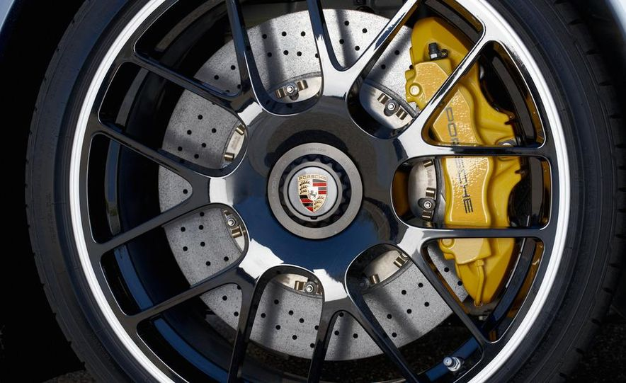 2011 Porsche 911 Turbo S - Slide 35