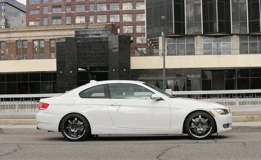 Dinan S3 BMW 335i - Slide 1