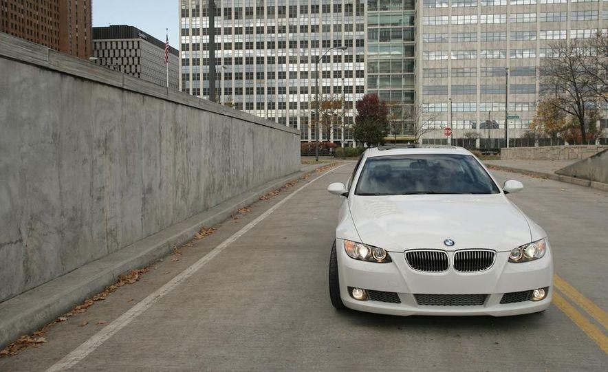 Dinan S3 BMW 335i - Slide 3