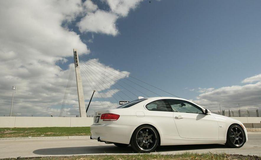 Dinan S3 BMW 335i - Slide 8