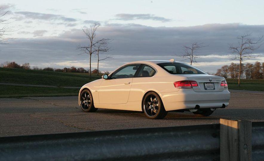 Dinan S3 BMW 335i - Slide 38