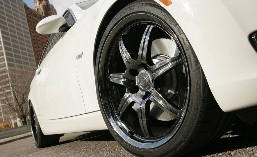 Dinan S3 BMW 335i - Slide 49