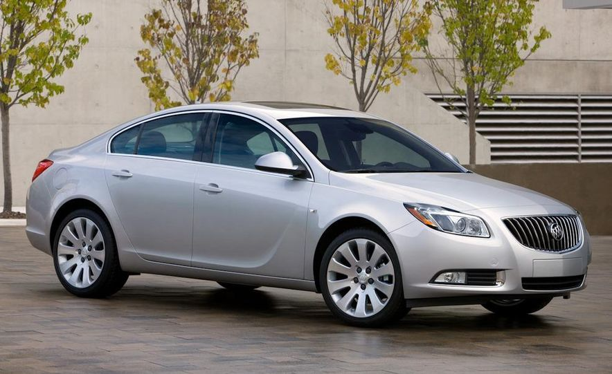 2012 Buick Regal wagon - Slide 40