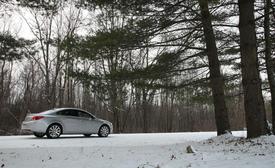 2012 Buick Regal wagon - Slide 41