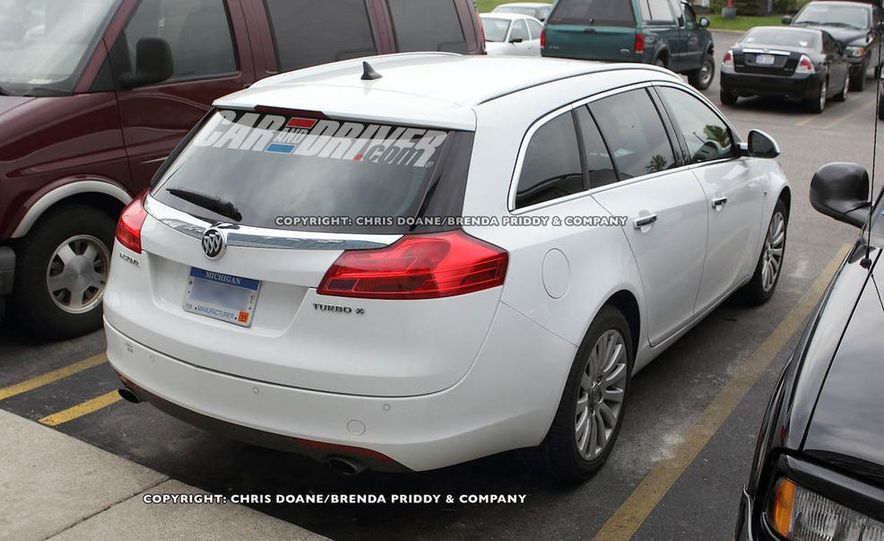 2012 Buick Regal wagon - Slide 6