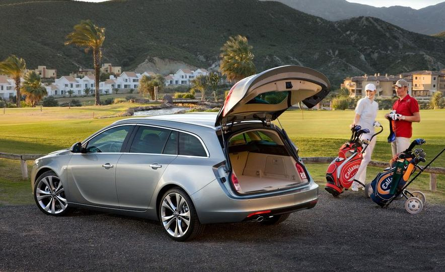 2012 Buick Regal wagon - Slide 14