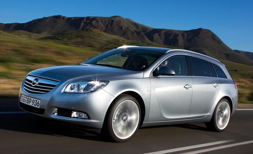 2012 Buick Regal wagon - Slide 18