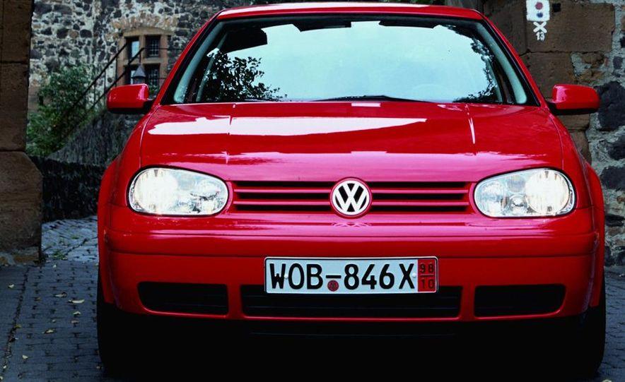 2013 Volkswagen Golf MKVII (artist's rendering) - Slide 41