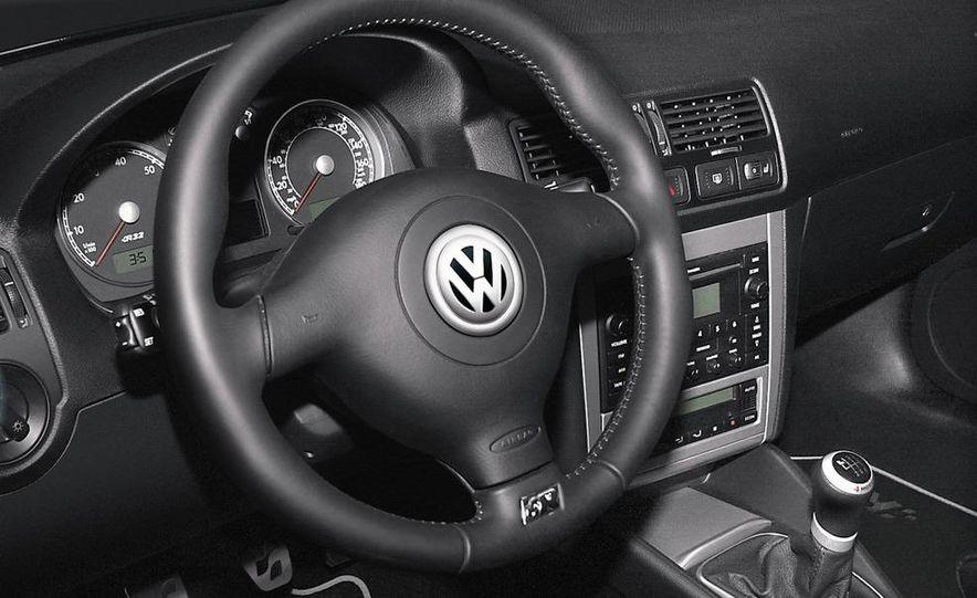 2013 Volkswagen Golf MKVII (artist's rendering) - Slide 35