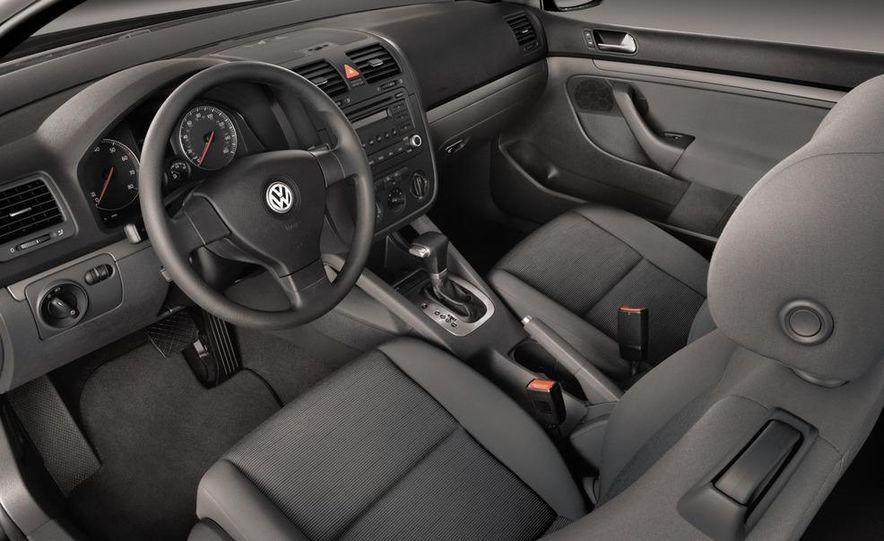 2013 Volkswagen Golf MKVII (artist's rendering) - Slide 28