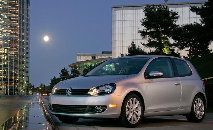 2013 Volkswagen Golf MKVII (artist's rendering) - Slide 20