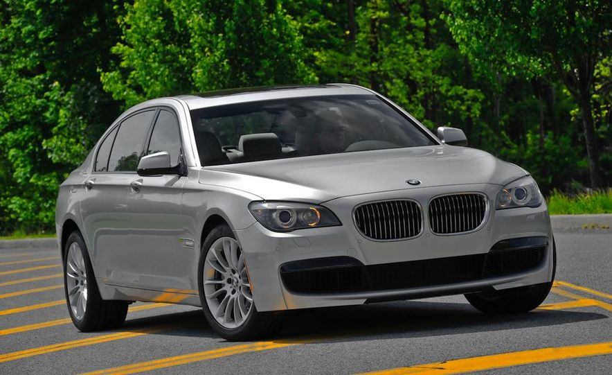 2011 BMW 740i with M Sport Package - Slide 20