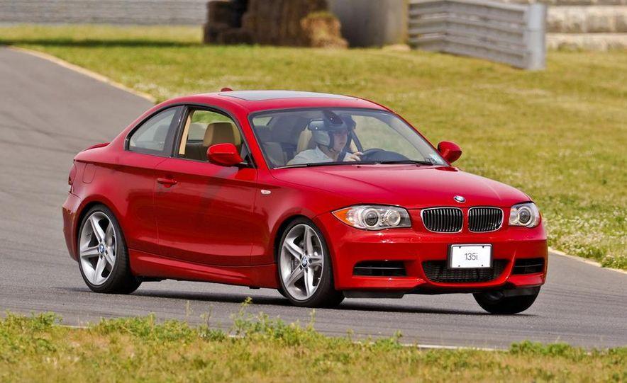 2011 BMW 135i - Slide 42