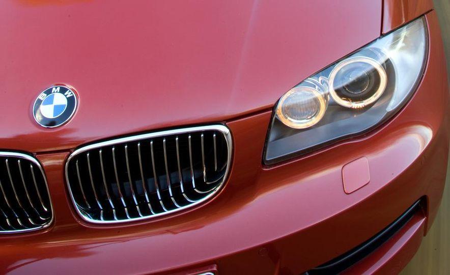 2011 BMW 135i - Slide 49