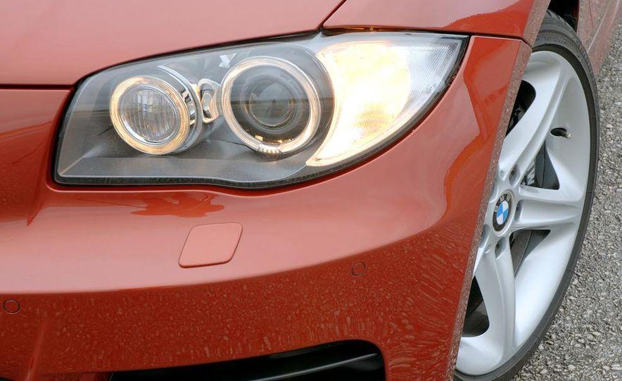 2011 BMW 135i - Slide 48