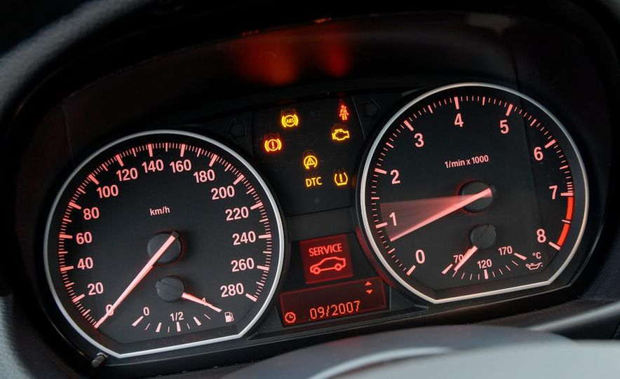 2011 BMW 135i - Slide 65