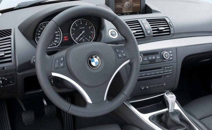 2011 BMW 135i - Slide 54