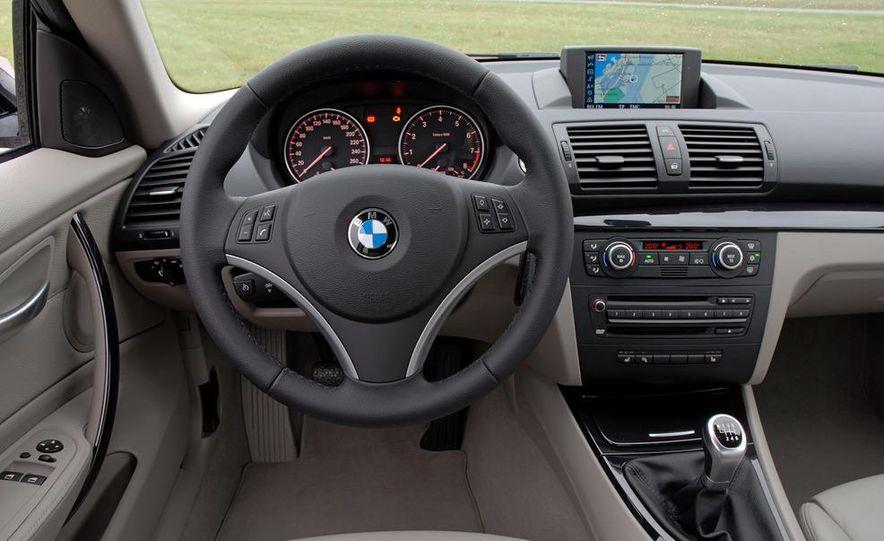 2011 BMW 135i - Slide 60