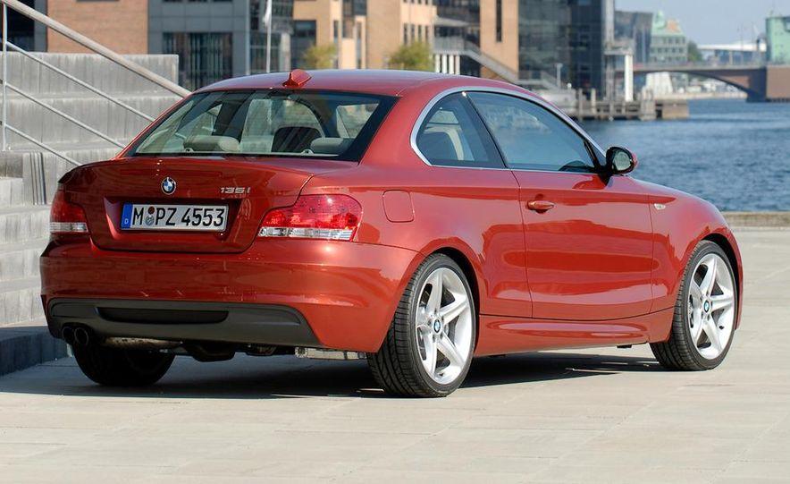 2011 BMW 135i - Slide 1