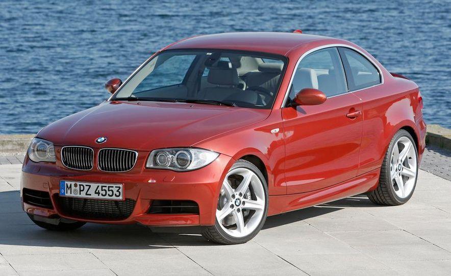 2011 BMW 135i - Slide 3