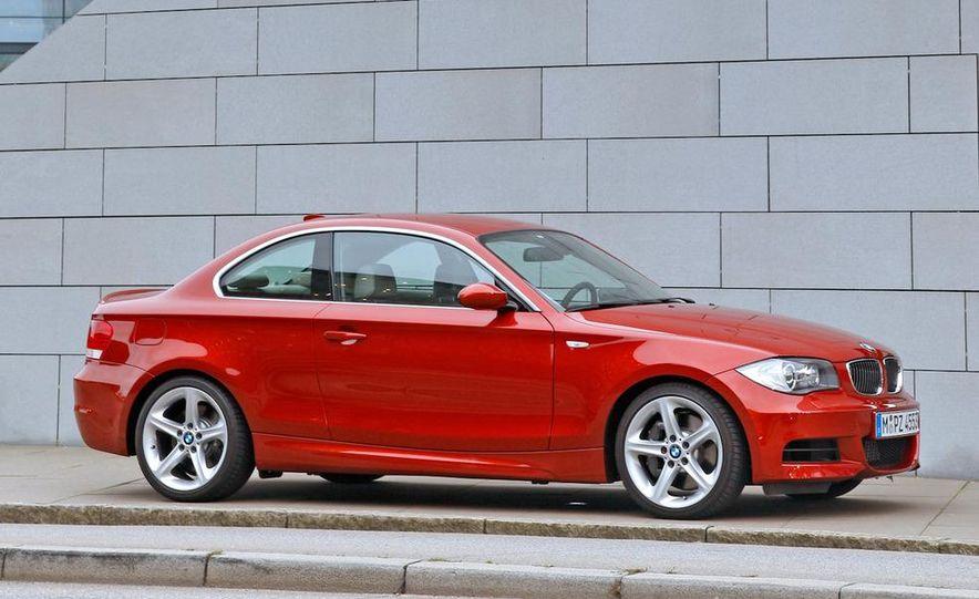 2011 BMW 135i - Slide 7