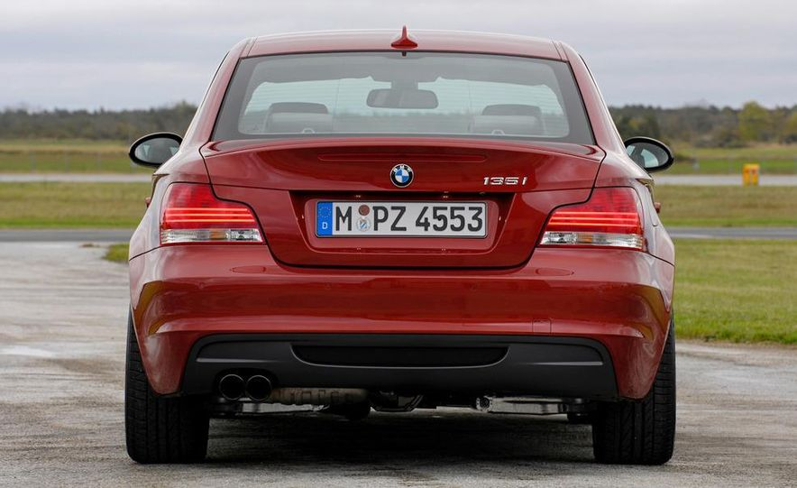 2011 BMW 135i - Slide 9