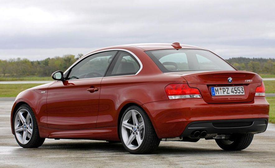 2011 BMW 135i - Slide 10
