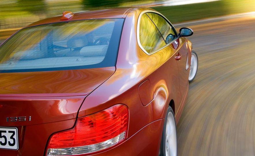 2011 BMW 135i - Slide 46